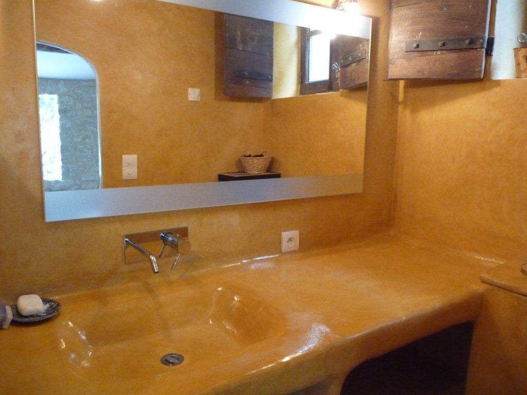 Enduit d coratif batilibre neuf et r novation cologique - Enduit salle de bain impermeable ...